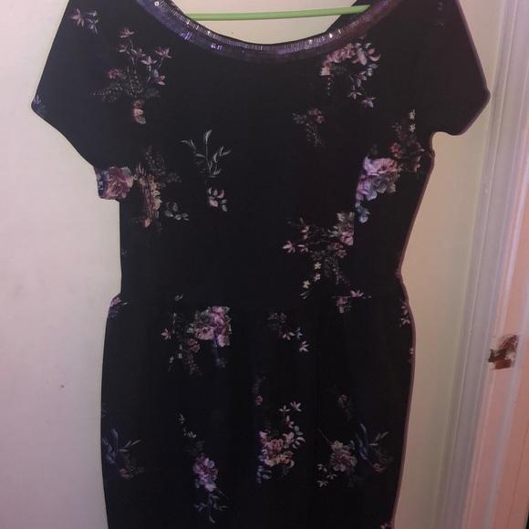 Xhilaration Dresses & Skirts - Black floral dress